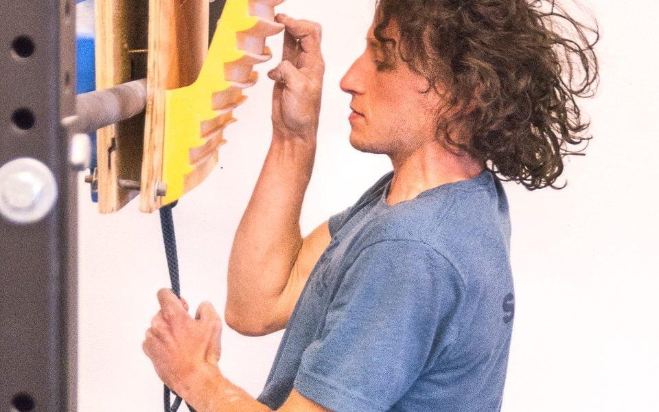 Alex Bridgewater Demonstrates a 1Arm Hang Lock Off