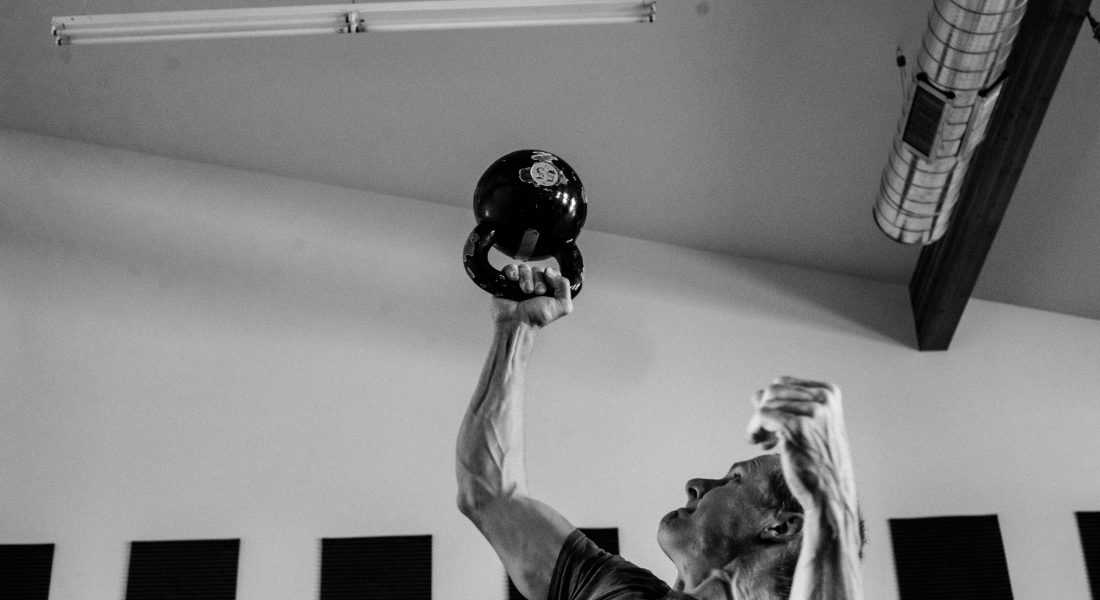 Steve Bechtel Overhead KB Press, b&w, Photo by Mei Ratz